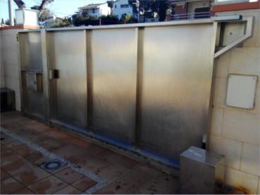 Puertas Garaje Automaticas Girona Instalar Reparar Presupuesto